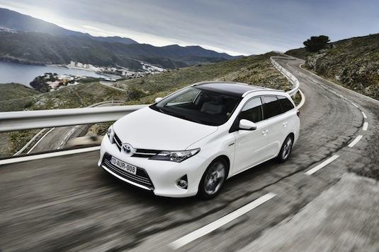 auto hybrid Toyota Auris Touring Sports