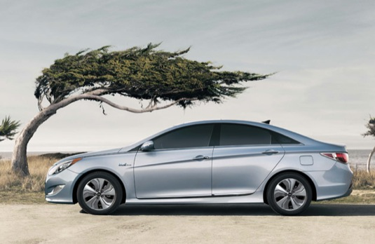 auto hybrid Hyundai Sonata Hybrid 2013
