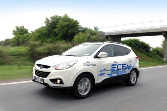 Autosalon Ženeva 2013: první auto na vodík Hyundai ix35