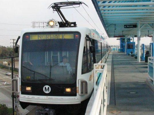 Tramvajová zastávka Redondo v Los Angeles