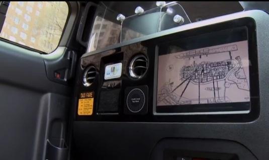 auto VIDEO: elektrický taxík Nissan e-NV200