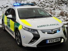 Opel Ampera plug-in hybrid jako britská ambulance