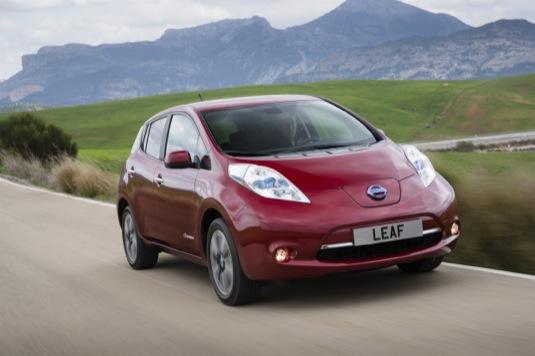 Nový Nissan Leaf v ČR. Cena elektromobilu je 715 000 Kč s DPH