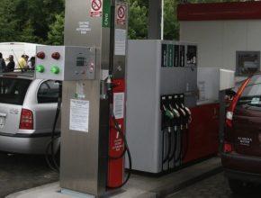 auto na plyn nová plnící CNG stanice Humpolec