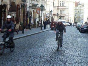 Pražské proudy - první ročník otevřeného závodu elektrokol