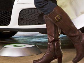 auto Bosch Evatran bezdrátová dobíjecí stanice pro elektromobily