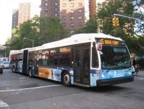 auto hybridní autobus M15 SBS na Manhattanu