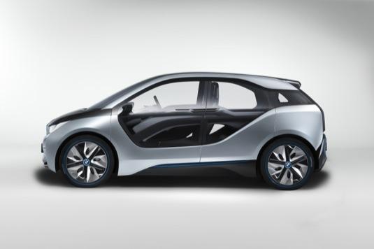 auto elektromobil BMW i3 ze strany cena 900 000 Kč