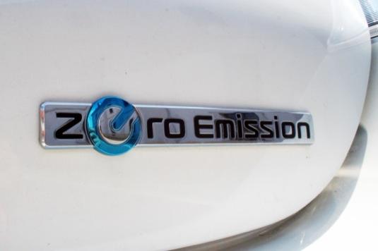 auto elektromobil Nissan Leaf Zero Emission