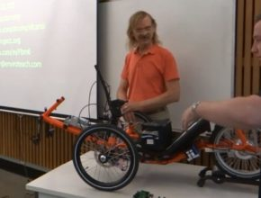 auto Elcano elektrická robotická tříkolka