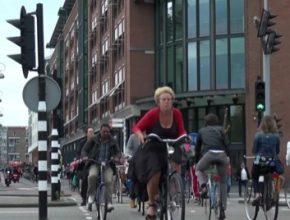 auto jízdní kola Amsterdam příliš mnoho video