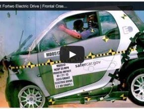 auto Smart ForTwo ED elektromobil crash-test NHTSA video