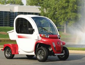 auto golfový vozík GEM Polaris