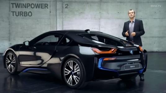 auto BMW i8 plug-in hybrid video výkon