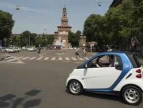 auto Car2Go Mailand sdílení aut Daimler
