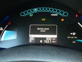 auto Nissan Leaf elektromobil baterie llewelyn
