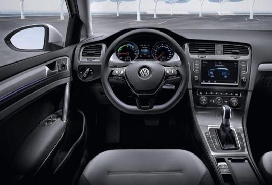 auto elektromobil Volkswagen e-Golf