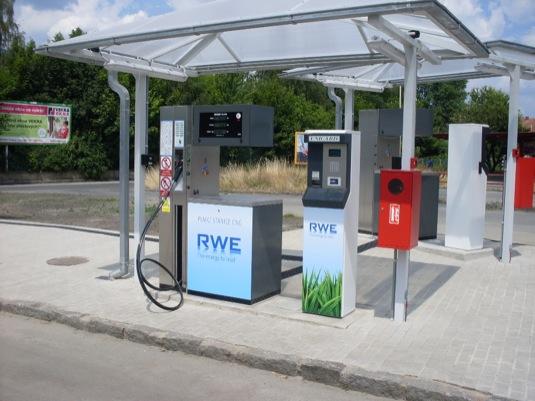 auto plnící stanice CNG RWE stlačený zemní plyn