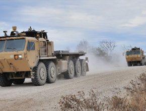 auto TARDEC robotická nákladní auta americká armáda