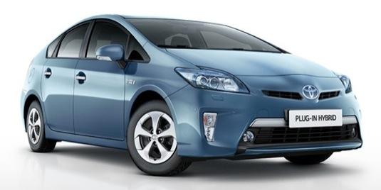 auto Toyota Prius plug-in hybrid prodej Kalifornie USA