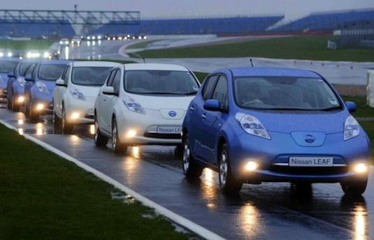 auto elektromobily Nissan Leaf rekordní počet