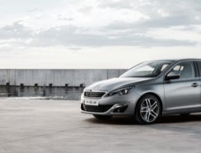 auto Peugeot 308 auto roku car of the year 2014