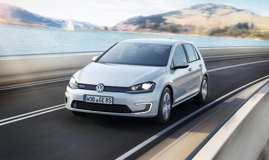 auto Volkswagen e-Golf elektromobil