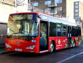 auto elektrický autobus ebus BYD v Londýně