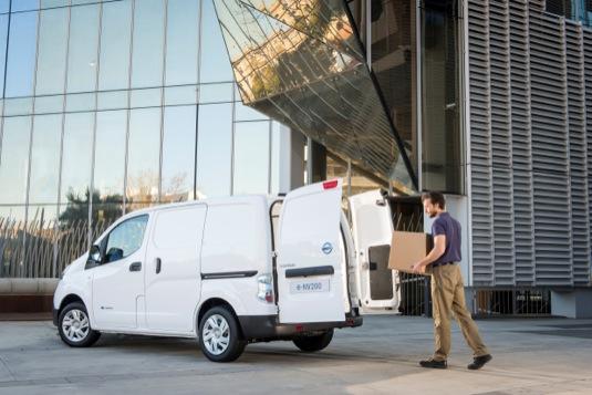 auto elektrická dodávka elektrododávka nákladní elektromobil Nissan e-NV200