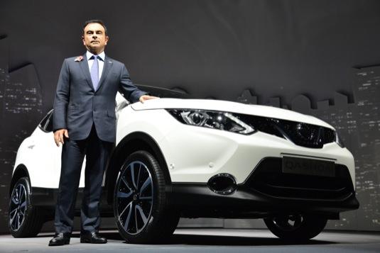 auto Carlos Ghosn šéf Nissanu robotická auta 2020