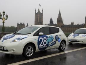 auto elektromobily Nissan Leaf v Londýně Velká Británie