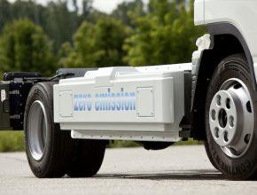 auto Mercedes-Benz Fuso Canter E-Cell elektrické nákladní auto