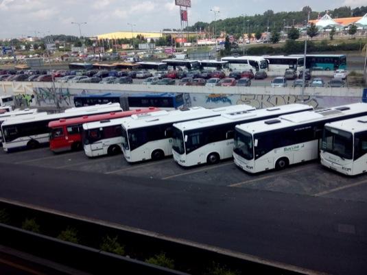 auto automobilová doprava Praha znečištění ovzduší