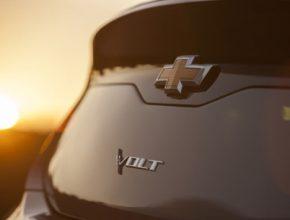 auto Chevrolet Volt 2015 teaser nová generace plug-in hybridu
