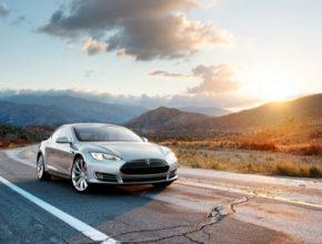 auto elektroauto elektromobily elektrický vůz Tesla Model S