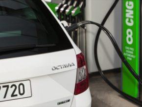 auto na plyn Škoda Octavia G-TEC doplnění paliva CNG zemní plyn