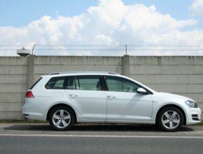 auto test Volkswagen Golf TGI Variant Bluemotion