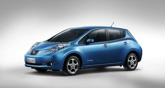 auto elektromobil Venucia e30