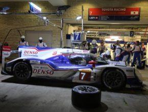 Světového šampionátu vytrvalostních soutěží FIA se TOYOTA poprvé zúčastnila vroce 1983, kdy zahájila své dlouholeté aktivní angažmá ve vytrvalostních soutěžích. Vozy TOYOTA byly nasazeny již v 16 závodech 24 hodin Le Mans, přičemž nejlepším umístěním bylo druhé místo ve čtyřech různých ročnících (1992, 1994, 1999 a 2013). V roce 2012 vstoupila TOYOTA do obnoveného světového šampionátu vytrvalostních soutěží (WEC) s týmem TOYOTA Racing a svým prvním hybridním vozem kategorie LMP1, modelem TS030 HYBRID.