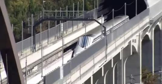 auto rychlovlak Japonsko vysokorychlostní železnice maglev šinkanzen