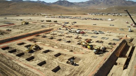 auto Tesla Motors továrna gigatovárna Nevada