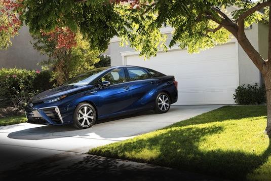 auto na vodík Toyota Mirai