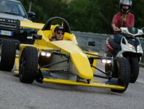 auto Egoista elektrická formule Itálie Kickstarter