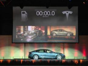 auto stanice pro výměnu baterií Tesla Motors