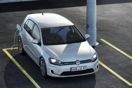 auto plug-in hybrid Volkswagen Golf GTE