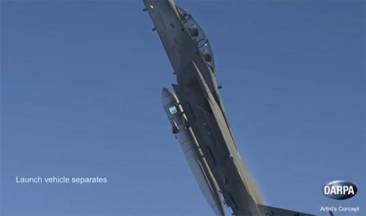 auto americká armáda stíhačka letectvo start vesmírné rakety DARPA ALASA