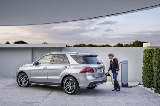 auto Mercedes-Benz GLE 550e Plug-In Hybrid