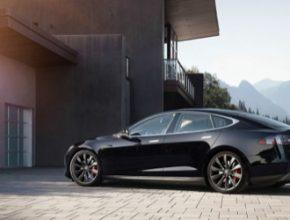 auto Tesla Model S elektromobil elektroauto