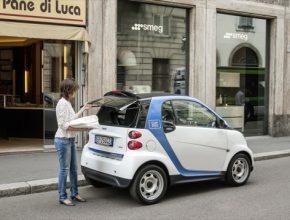 auto služba sdílení aut car2go Smart ED elektromobil