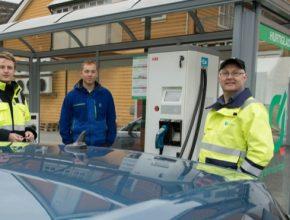 auto 100. rychlodobíjecí stanice Norsko ABB